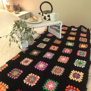 Other - Vintage Chic Granny Square Crochet Afghan